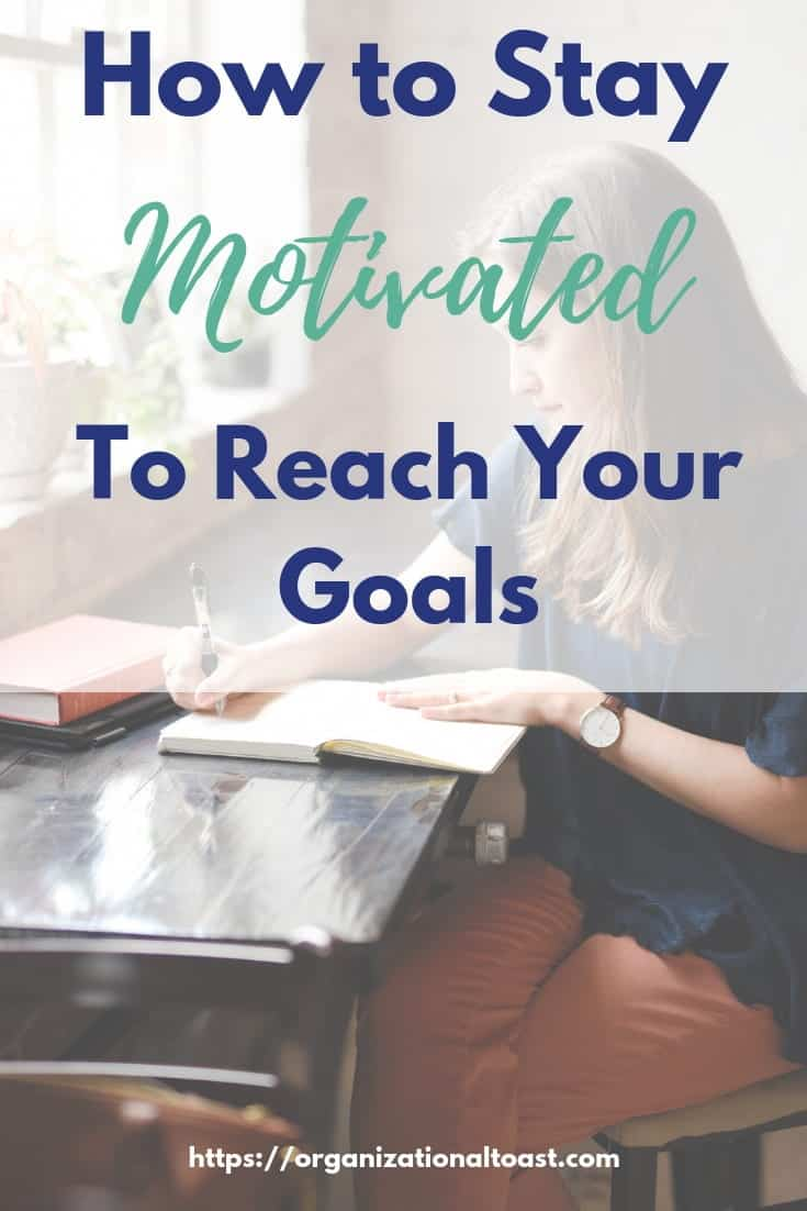 How To Stay Motivated To Reach Your Goals. Read about the tips and tricks I use to stay motivated and slay my goals! Even if you have zero motivation these tips will work for you! #motivation #productivity