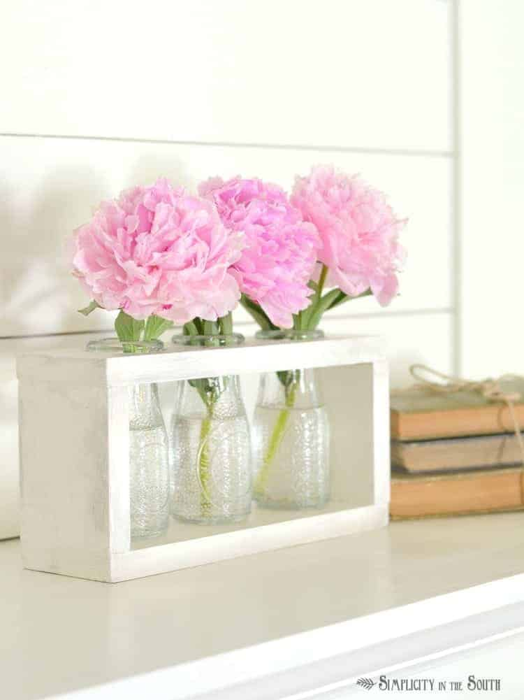 DIY Wooden Vase Holder