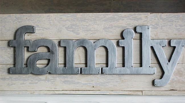 DIY Faix Galvanized Metal Sign