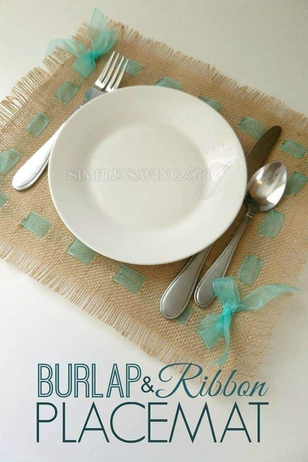 DIY Farmhouse Burlap Placemat