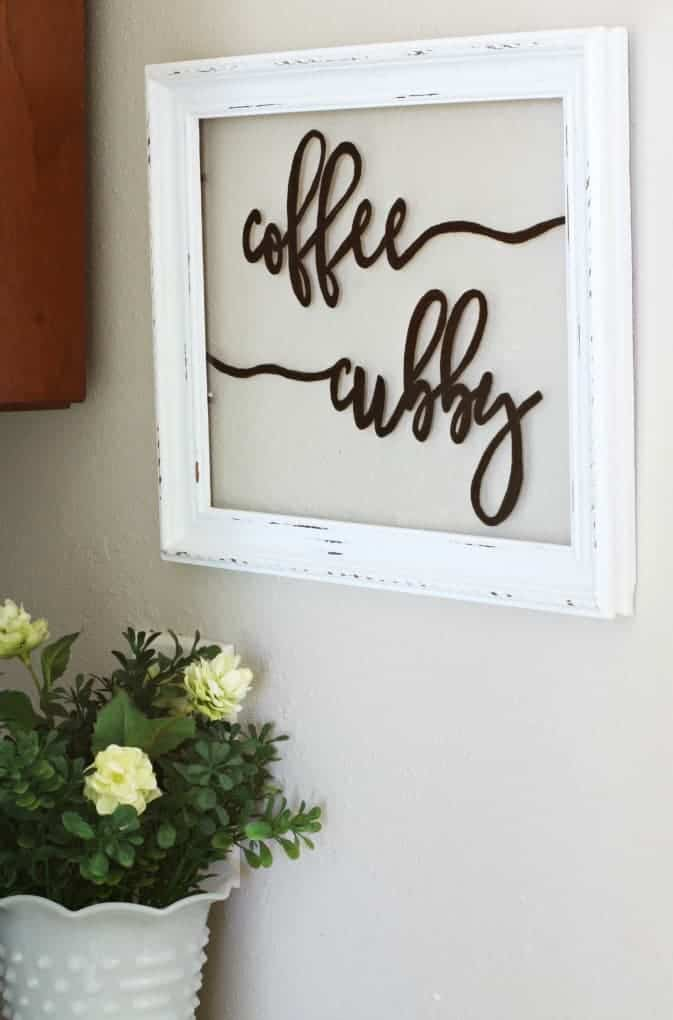 DIY Farmhouse Window Sign
