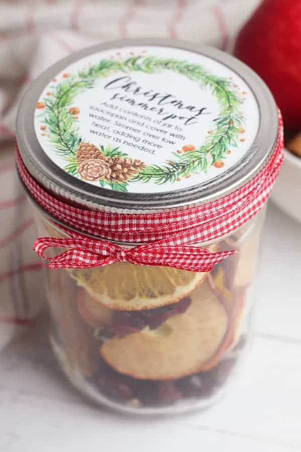 Christmas potpouri in a jar